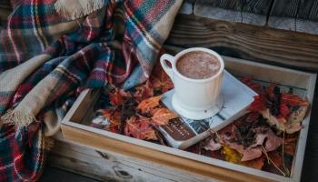 Mmm... / Ona je sve, samo ne obična: Isprobajte vruću čokoladu s cimetom i rumom
